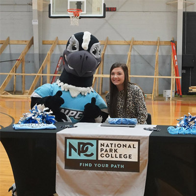 Jacy Blansett has just signed with National Park College