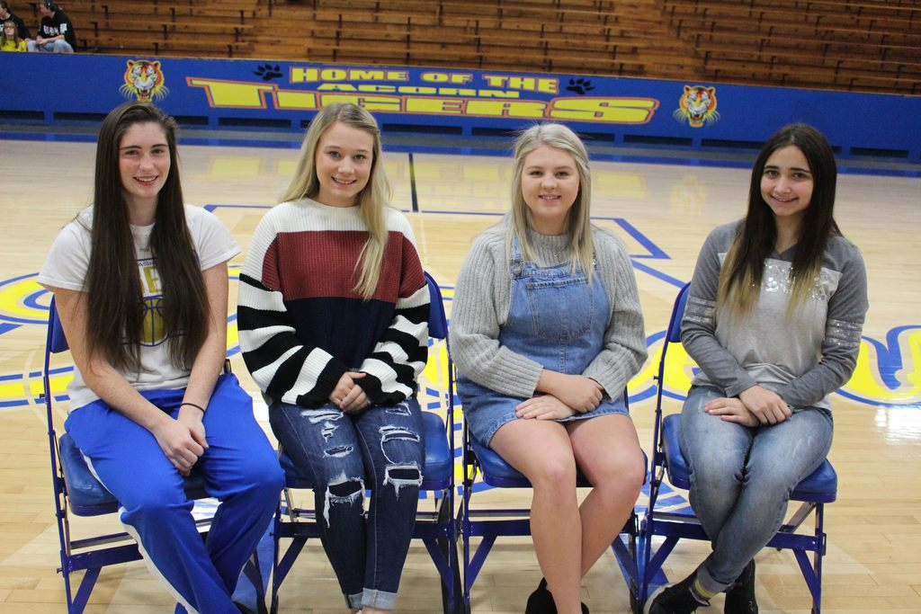Senior Maids: Lexi Powell, Brickie Sachs, Grace Hill, Mercedes Mowdy
